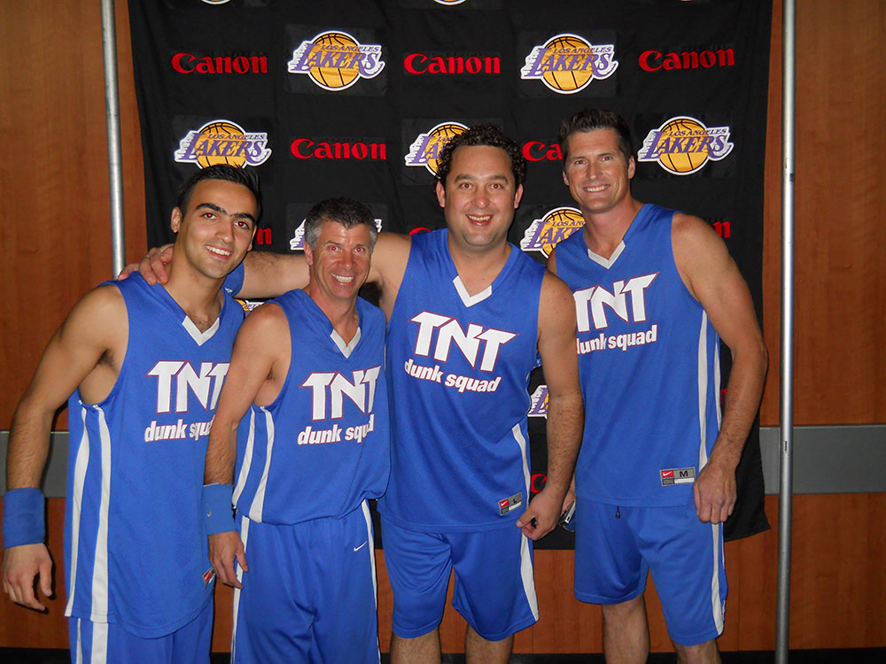 TNTTNT Dunk Squad and the Lakers