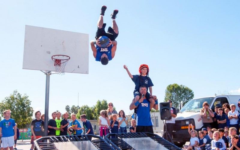 TNT Dunk Squad Flips Out!